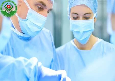 Điều trị xuất tinh ra máu bằng ngoại khoa
