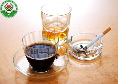 Sử dụng nhiều chất kích thích gây rối loạn cương dương