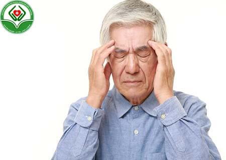 Tuổi càng cao càng tăng nguy cơ mắc bệnh