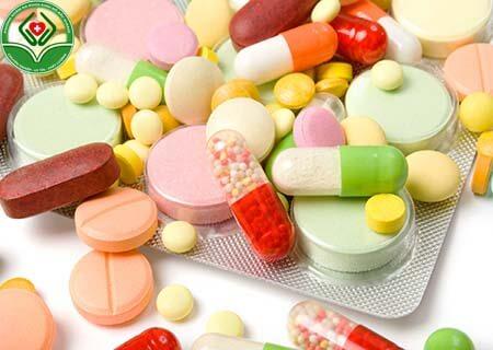Chữa bệnh bằng thuốc