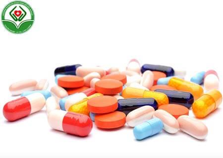 Điều trị hậu môn có vật thể lạ bằng thuốc