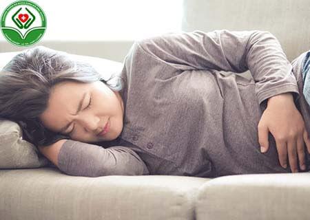 Có thai ra dịch nâu đen báo hiệu bệnh gì