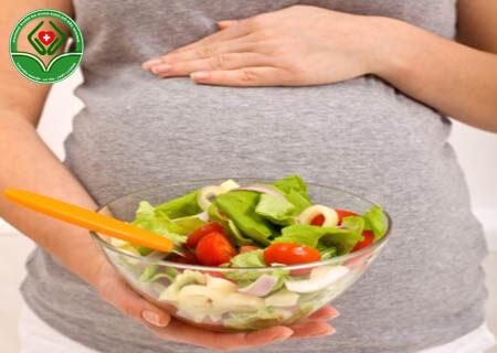 Bị trĩ khi mang thai nên ăn gì