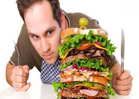 Chế độ ăn uống không hợp lý là nguyên nhân gây tình trạng hôi tanh cho tinh trùng